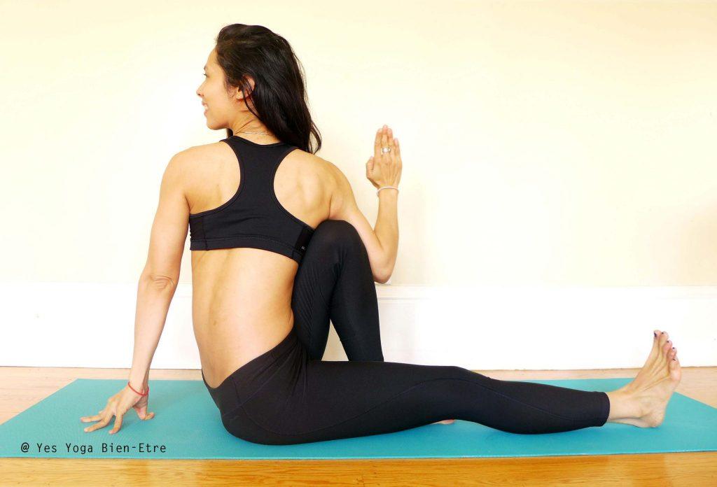 Marichyasana C par Sophie Yes Yoga Bien-Etre