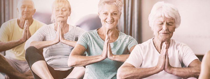bienfaits du yoga pour seniors