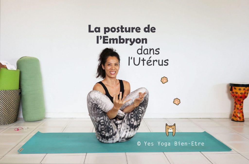 Posture yoga Embryon dans l'Uterus Garbha Pindasana